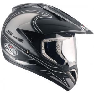 Casco cross con pantalla.