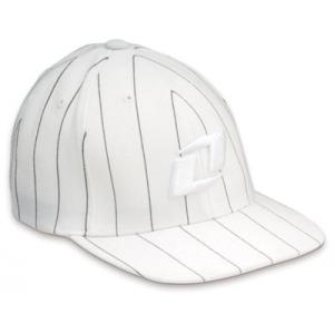 GORRA NI�O ONE �PINSTRIPE�COLOR BLANCO